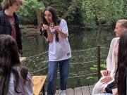 Mentora Gymnasium verlegt Unterricht in den Tiergarten